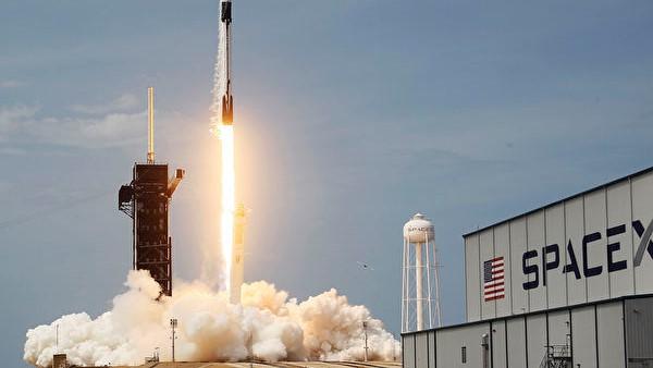 中美角力衝出地球:中共航天事故Vs美SpaceX升空