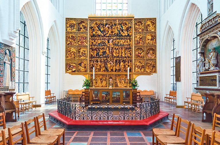 黃金木雕祭壇