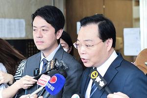 許智峯入稟披露催淚彈成份 法官令律政司三十五天內交誓章