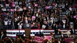 美保守派民調:選民空前支持特朗普