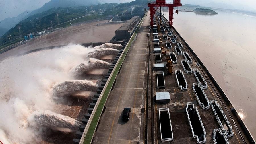 三峽大壩史上最大洩洪 黃萬里女兒警告滅頂之災