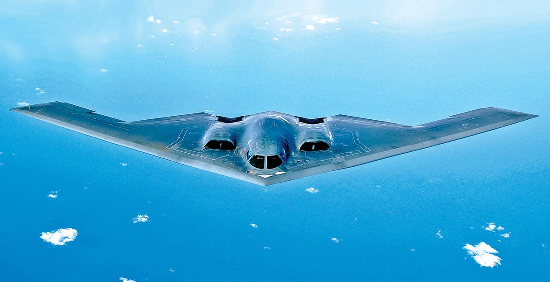 B-2幽靈戰略隱形轟炸機在太平洋上空巡邏。(U.S. Air Force)