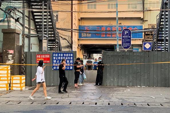 北京爆發疫情,新發地批發市場被關閉。(Lintao Zhang/Getty Images)