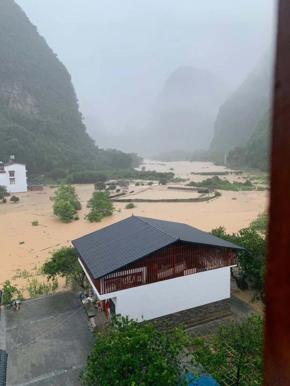 桂林陽朔景區洪災後的情形。(受訪者提供)
