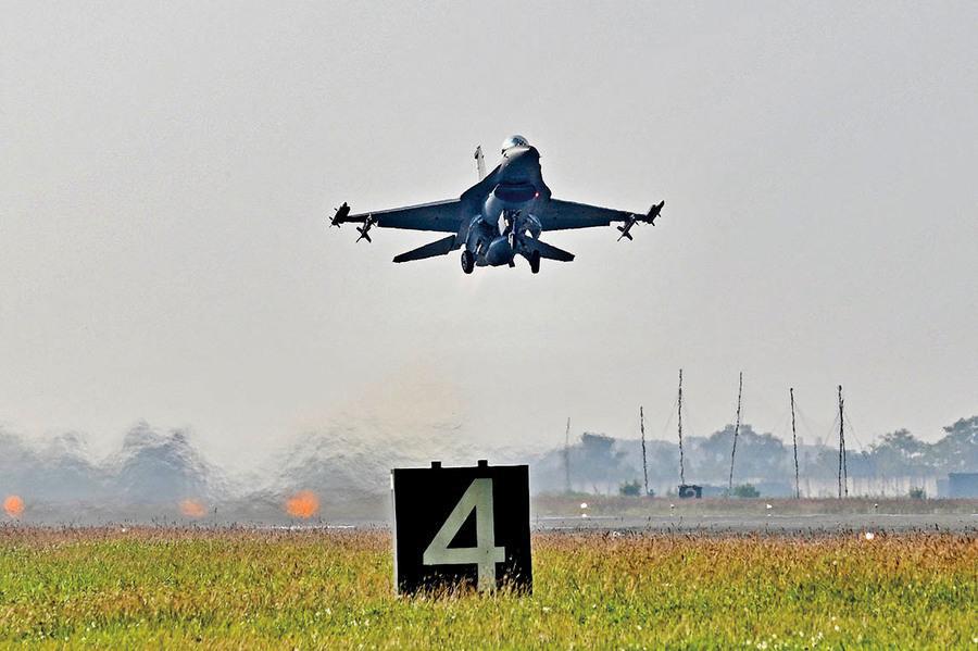轉移北京疫情焦點?中共軍機再度擾台秀武力