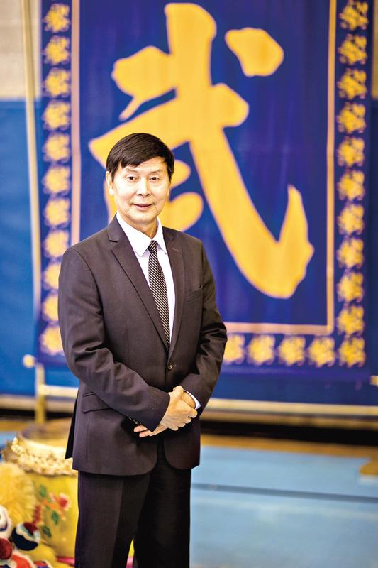 作者李有甫,2013年擔任《新唐人電視台》武術大賽評委之一。(愛德華/大紀元)