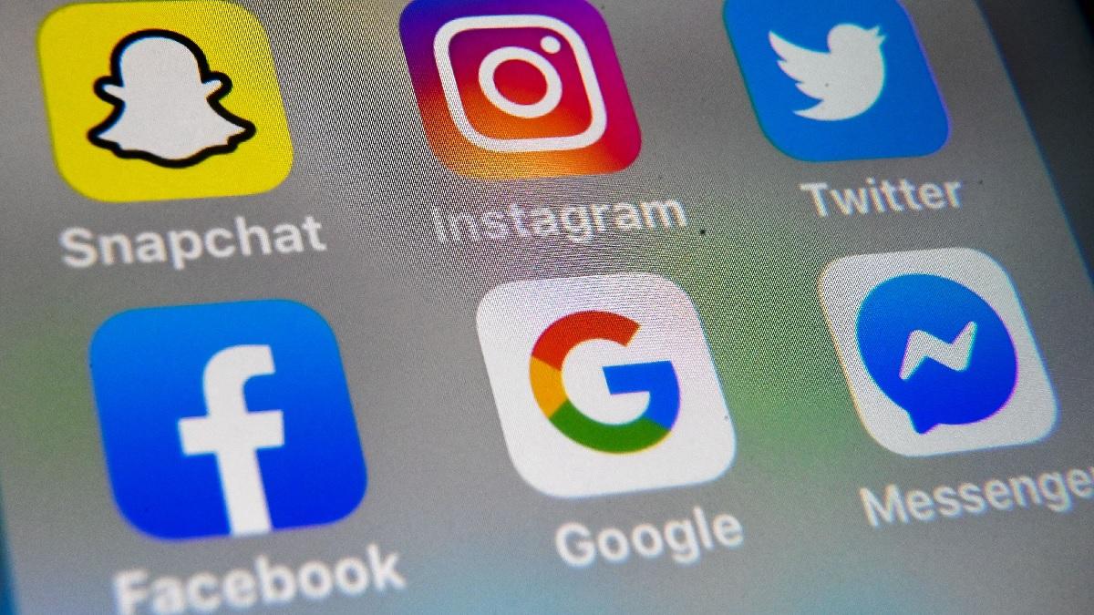 推特(Twitter)、面書(Facebook)、谷歌(Google)等科技巨頭的徽標。(DENIS CHARLET/AFP via Getty Images)