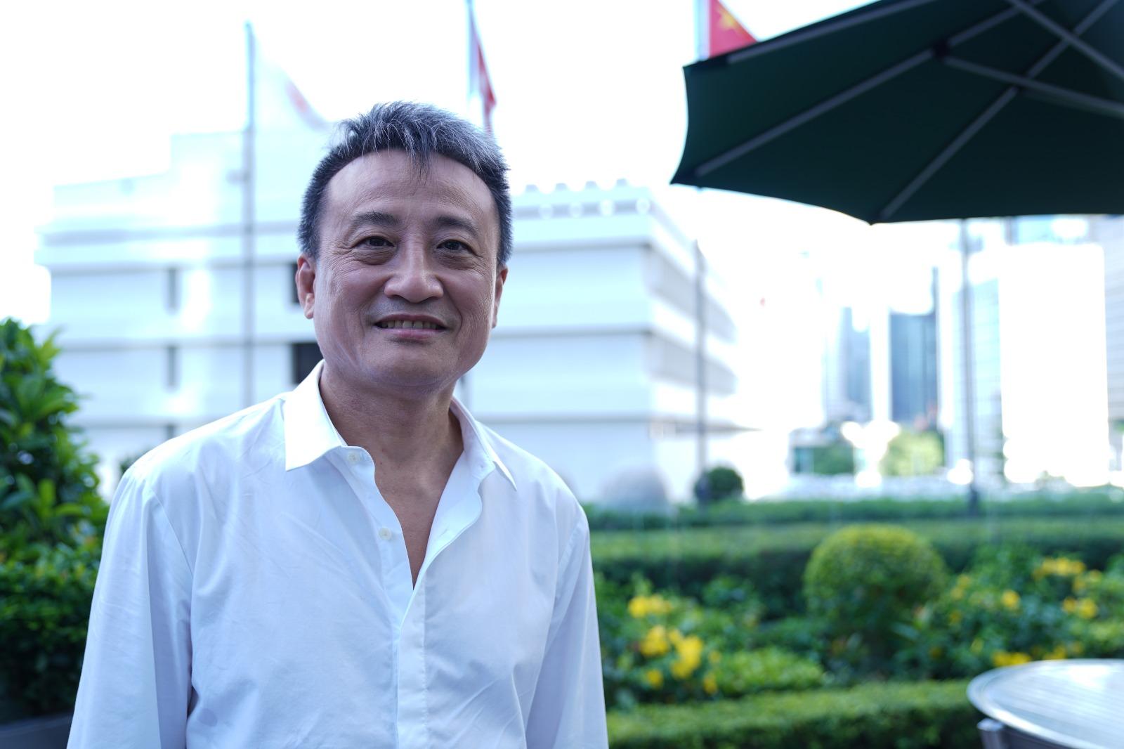 吳明德表示,香港銀行業近三成貸款給中國大陸,美國制裁中共,將引發槓桿爆破。(陳泓銘/大紀元)