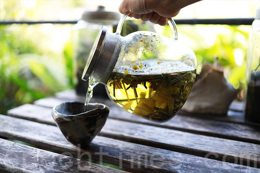 香草原的香茅茶,口味清香。(陳仲明/大紀元)