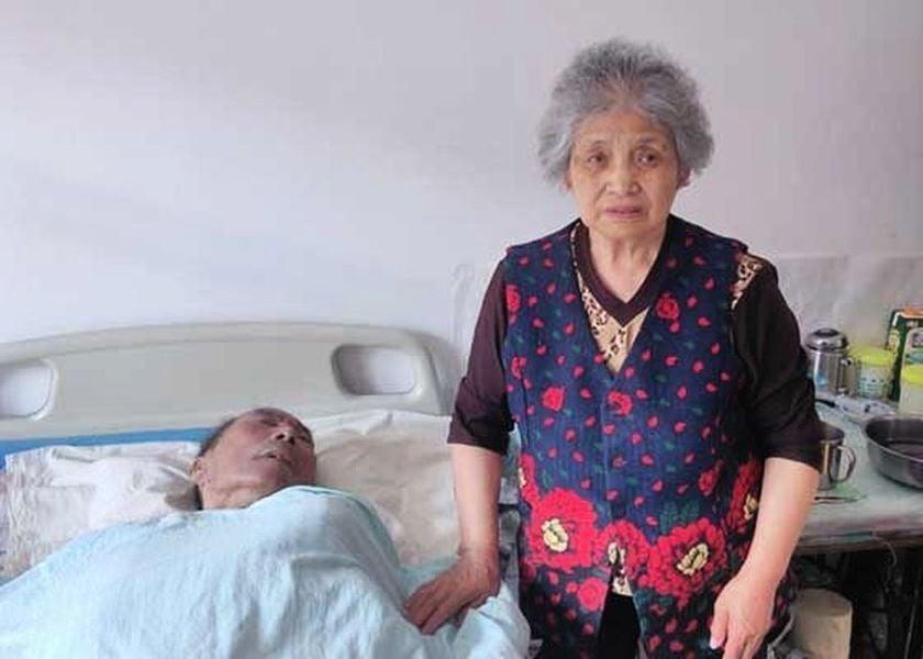 佳木斯八旬老太陷冤獄 癱瘓老伴孤獨離世