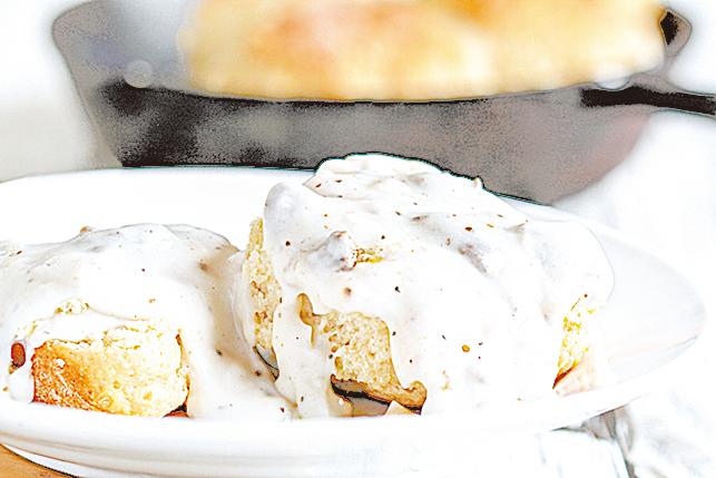 鬆餅淋上酪乳,低脂健康,很適合早餐和下午茶。