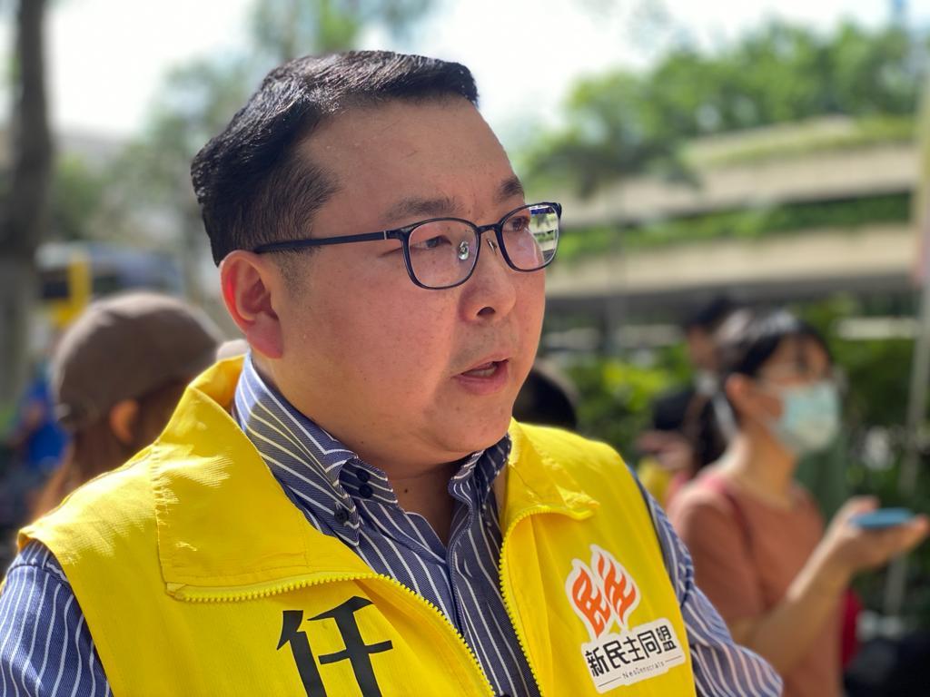 現任香港大埔區議會怡富選區議員任啟邦在發言時表示,他會在議會進行區議會的改革、區議會條例的改革,希望能夠代表區議會的界別,在立法會區議會的層面,爭取區議會應有的權利。(霄龍 / 大紀元)