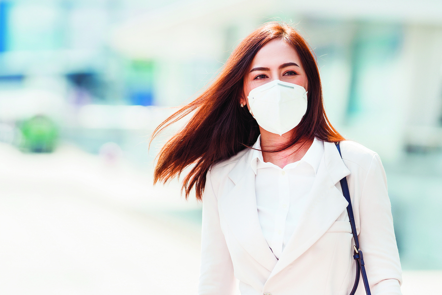 戴口罩悶出痘痘、起紅疹 防疫期間該如何保護臉部肌膚?