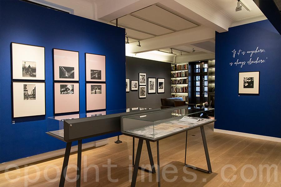 二樓的展廳展示Ilse Bing離開巴黎後拍攝的相片。(陳仲明/大紀元)