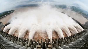 解密:江澤民在三峽埋「定時炸彈」毛澤東秘書曾堅決反對