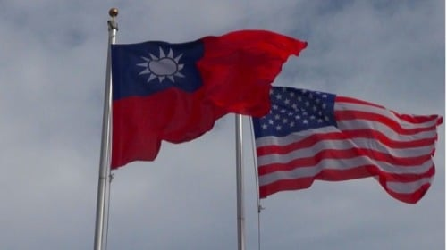 大陸憲政學者認為,美台關係已經升級到戰略性關係,如果再做兩件事可令中共和平垮台。(Getty Images)
