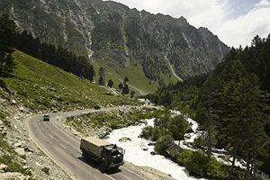 中印邊境屯兵 兩國爆發50年來最大對峙