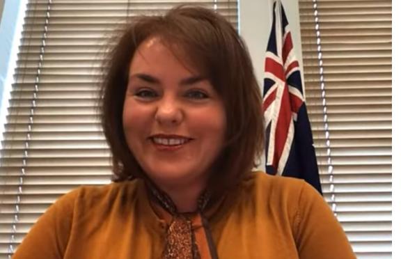 澳洲參議員金伯利·基欽(Kimberly Kitching)在近期的研討會上表示,經歷中共肺炎疫情後,讓澳洲人更加認清了中共。澳洲議會和政府採取一系列行動,抵禦中共的滲透。(影片截圖)