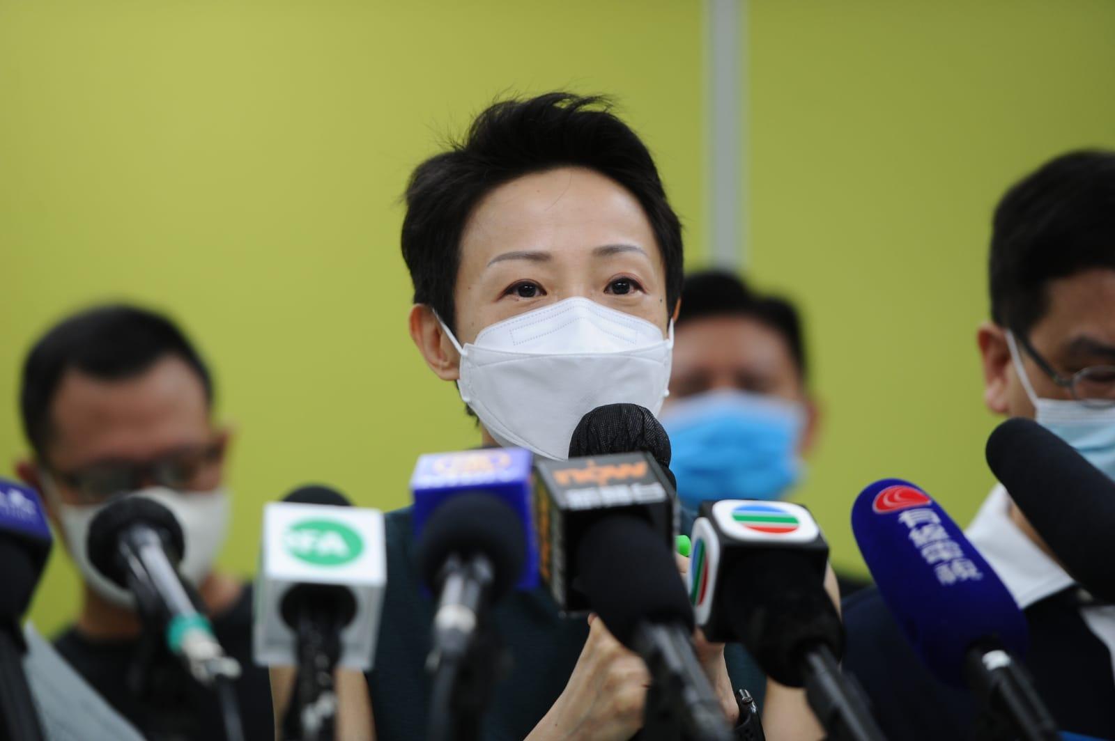 陳淑莊對於「港版國安法」在簽署後即日實施表示質疑,「是史無前例的,就算《緊急法》都不是即時生效的。」(宋碧龍/大紀元)