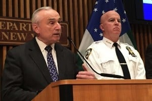 紐約警察局長布萊頓宣布辭職