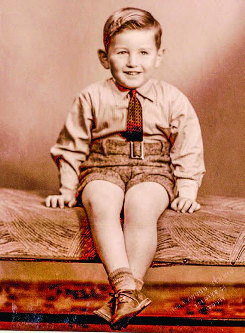 幼年時期的馬隆尼。(馬隆尼提供)
