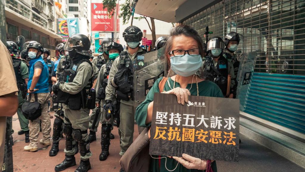 英媒BBC梳理了「港版國安法」五大爭議,外界憂香港由此失去法治獨立和言論自由。(Anthony Kwan/Getty Images)