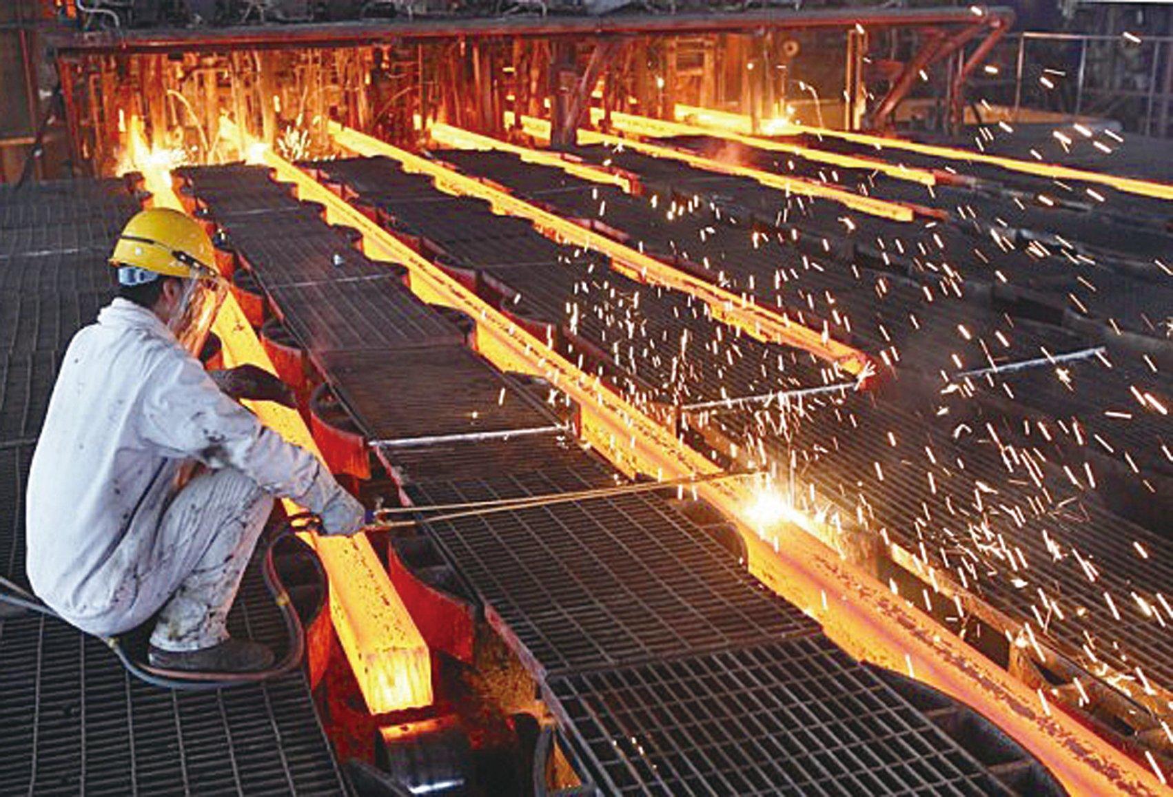建立南北兩大國有鋼鐵集團和習近平不久之前所說的要把國有企業做大、做強、做優相符。(ChinaFotoPress/ChinaFotoPress via Getty Images)