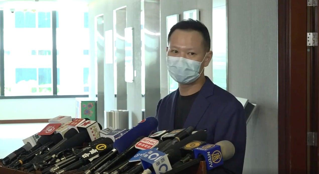公民黨立法會議員郭榮鏗認為,政府是在將一個特定的口號冠以特定的意思,目的用來取消候選人參與立法會選舉的資格。(影片截圖)