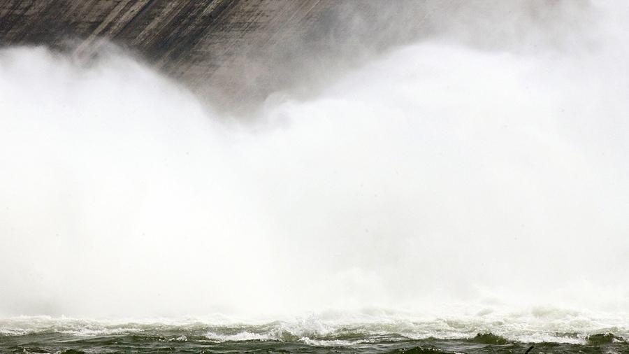 洪災北上!北京警告暴雨山洪山泥傾瀉