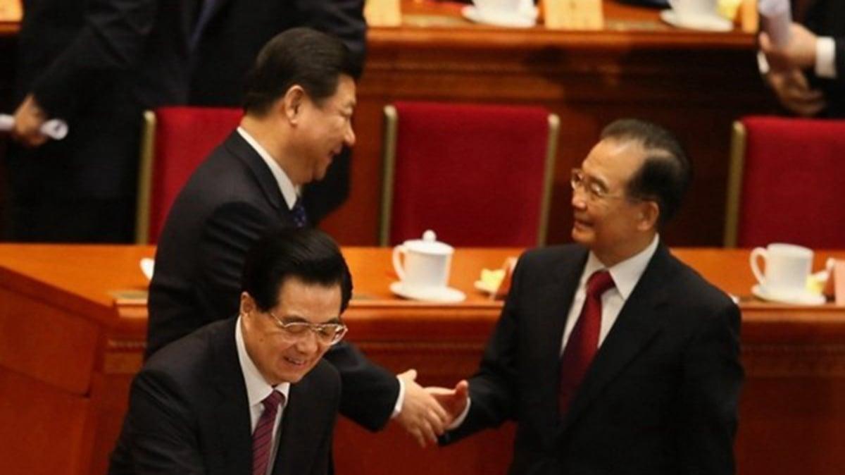 有美媒認為,習近平已無路可退,最近溫家寶突然現身本來應該拉他一把。( Feng Li/Getty Images)