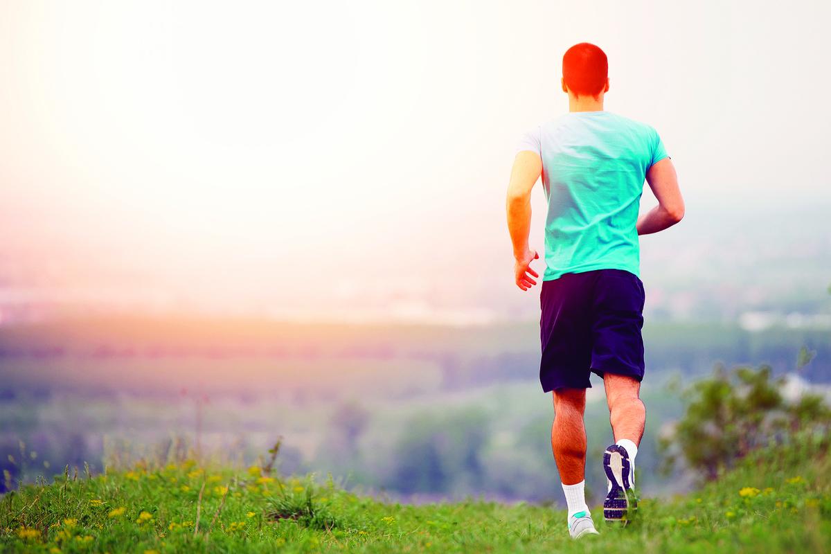 跑步對人的身心健康有益。