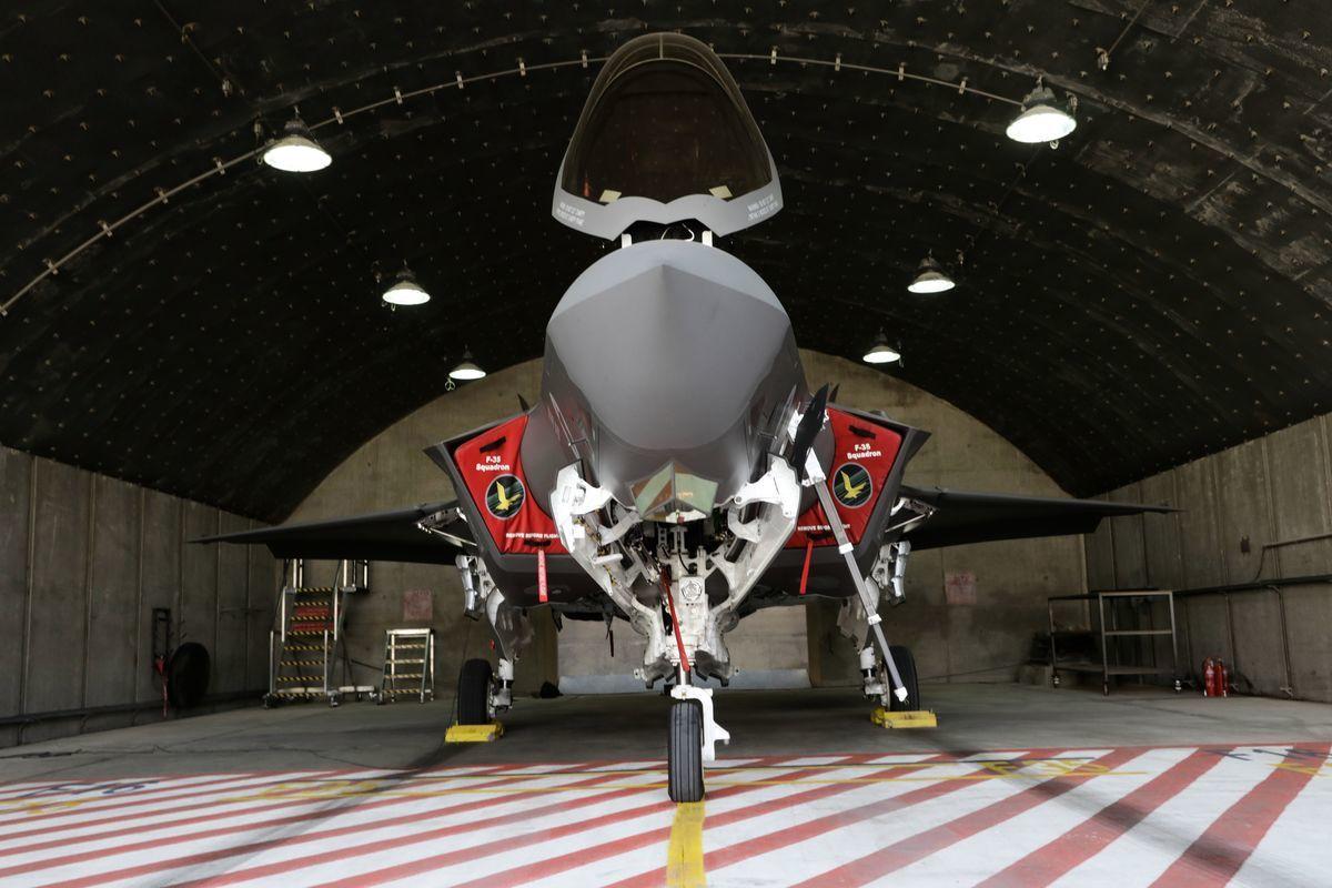 多架以色列F-35隱身戰鬥機於6月26日凌晨,突襲炸毀了受到嚴密保護的伊朗帕爾欽軍事導彈生產基地。(Emmanuel DUNAND/AFP)