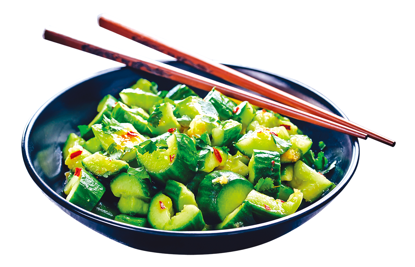 乾隆皇帝在春、夏時節,會多吃涼拌黃瓜等爽口菜色。