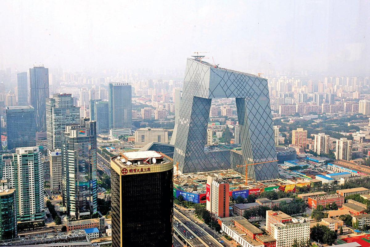 中央電視台的總部大樓,因其形狀被民眾稱為「大褲衩」。(Getty Images)