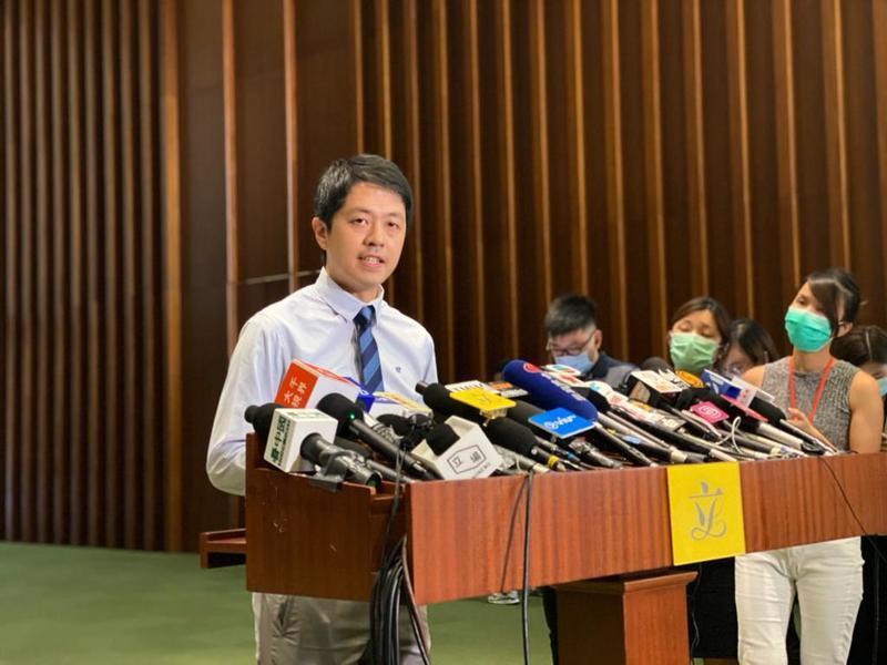 許智峯就「港版國安法」急切質詢  梁君彥以「不急切」拒批