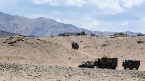 中印邊境建臨時緩衝區 重兵部署未減 印急購軍火
