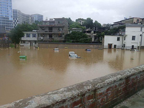 江西省景德鎮城區的大水。(受訪者提供)