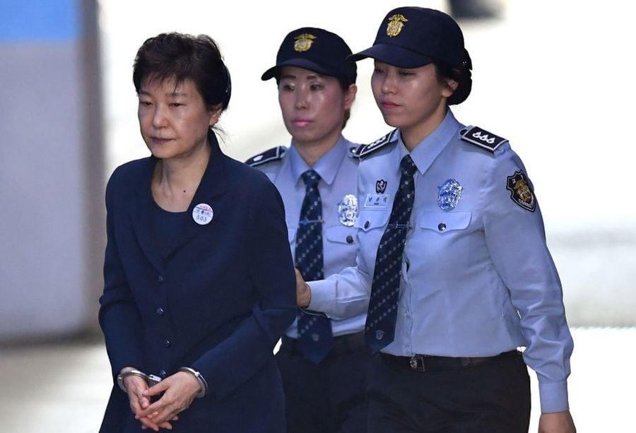 圖為,2017年5月25日朴槿惠抵達首爾法院。(KIM HONG-JI/AFP via Getty Images)