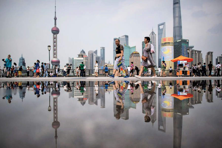 中國企業瘋狂囤積現金