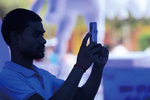 反中情緒高漲 谷歌富士康投資印度