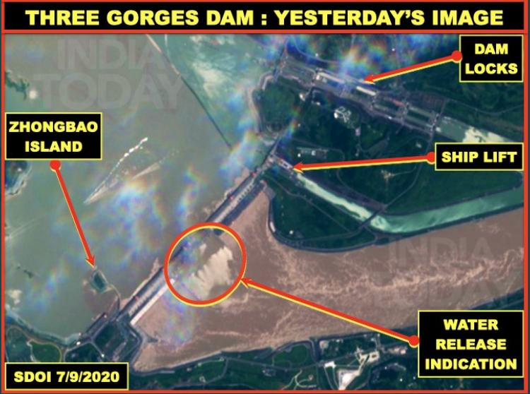 7月10日,一名印度退伍上校維納亞·巴特發佈了三峽大壩相關的衛星圖片,發佈了三峽相關的衛星圖像中顯示,並將相關調查首度刊載在今日印度上。(截圖自Vinayak Bhat Twitter)