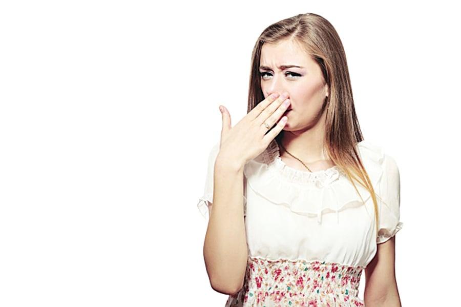 油漱口拔出細菌 每天五分鐘遠離牙病和口臭