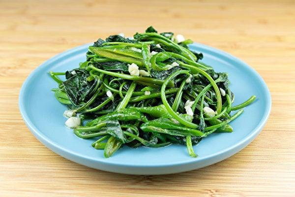 蕃薯葉營養豐富,從豬食變成常見的美味菜餚。