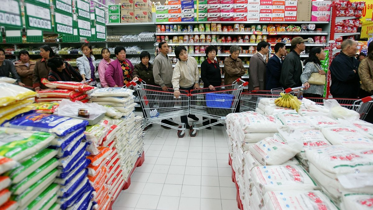 洪災持續擴大之際,中國農業農村部謊稱,糧食獲豐收,下半年吃糧吃菜吃肉是有保障的。示意圖(Cancan Chu/Getty Images)