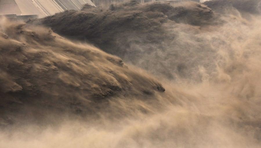 三峽超警戒水位19米仍在漲 黨媒自曝大壩位移變形