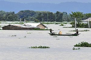 雨季引發洪患 印度、尼泊爾至少189人死