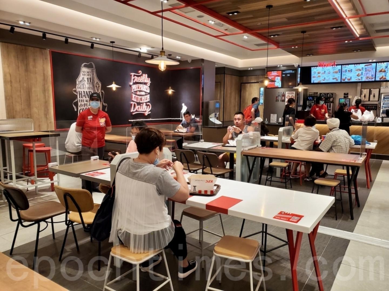 政府頒佈最新限聚令,包括食肆等「晚六朝五」禁堂食延長一周。(大紀元資料圖片)