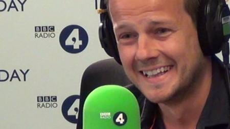 兩次從癌症中康復的37歲倫敦市民基利‧特勞特在受訪。(視像截圖)