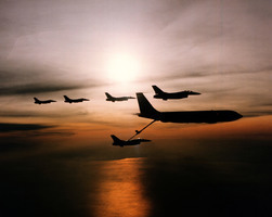 西媒模擬台海開戰 美新法案挺台參與環太平洋軍演