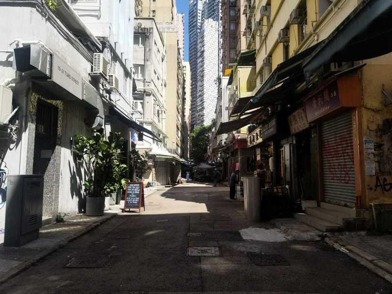 香港「古董街」冷清 行業人士籲再減租